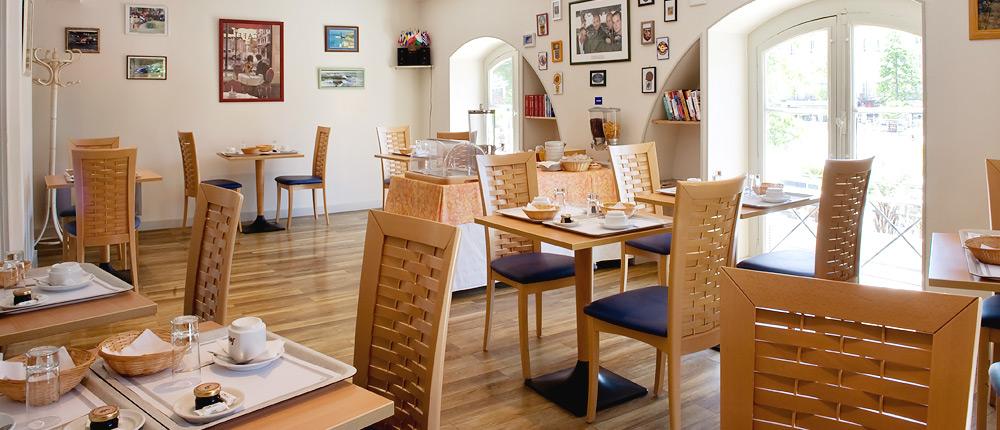 Petit déjeuner Hôtel le Bourbon Pau