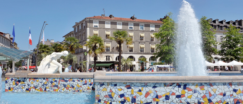 Fontaine Place Clemenceau Pau