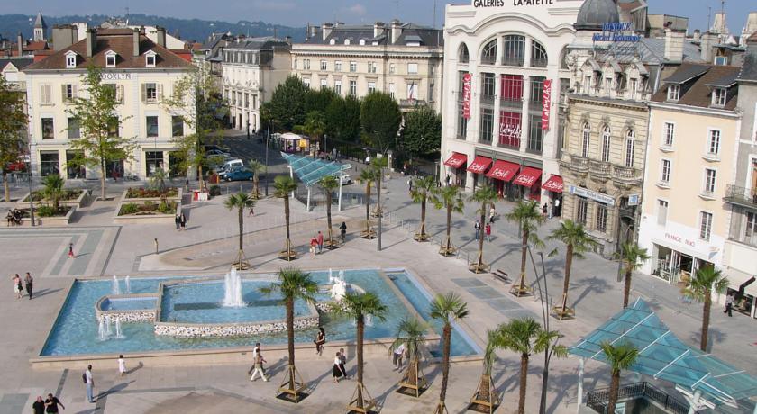Place Clémenceau à Pau